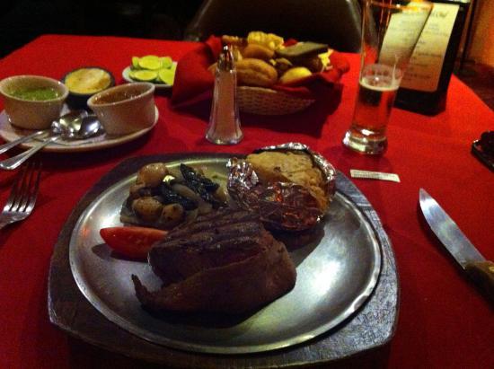 Angus Butcher House : Steak