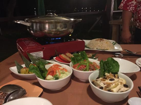 Manukan Island, Malasia: Steamboat dinner (order in advance)