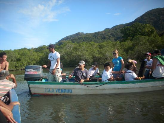 Nicoya, Costa Rica: Check that your boat company follows safety procedures