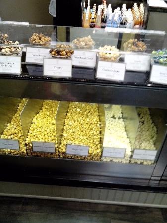KuKuRuZa Gourmet Popcorn