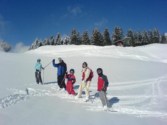 Morgins Snowsports : morigns life