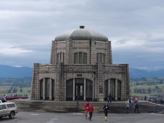 Corbett, OR: Vista House - Exterior