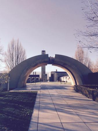 West Kelowna, Kanada: Arch Way