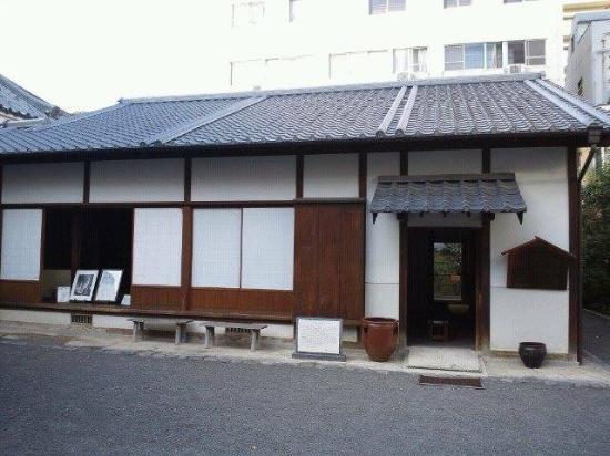 Akiyama Brothers' Birthplace: 生家