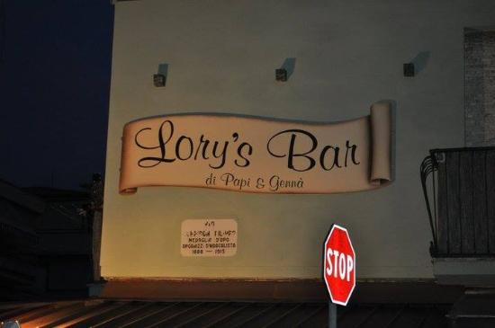 Lory's