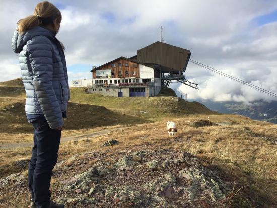 Berggasthaus Gotschnagrat: Gasthaus mit Bergstation