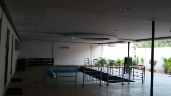 Hotel Mark's Grandeur: Pool