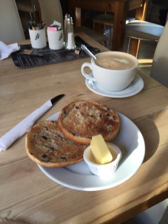 Peacock Coffee Lounge: photo0.jpg