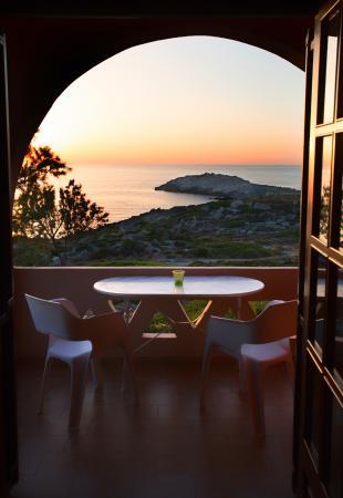 Georgia Vicky Studios & Apartments: μπαλκόνι με θέα την θάλασσα
