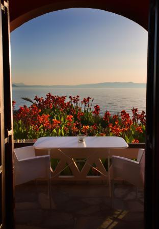 Georgia Vicky Studios & Apartments : θέα θάλασσας από το μπαλκόνι