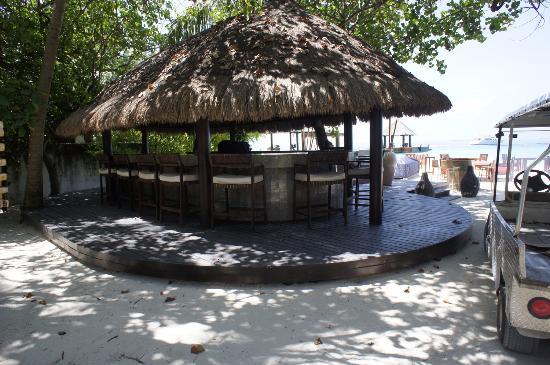 MU Beach Bar & Grill