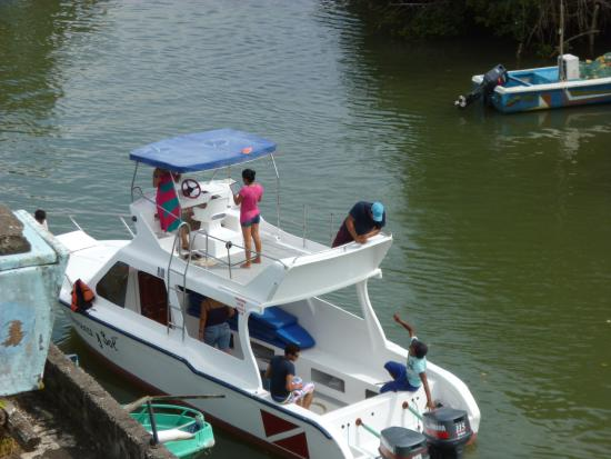 Sua, Ekuador: ZONA  MARINA DEL HOTEL