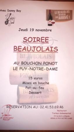Le Puy-Notre-Dame, Prancis: La soirée Beaujolais