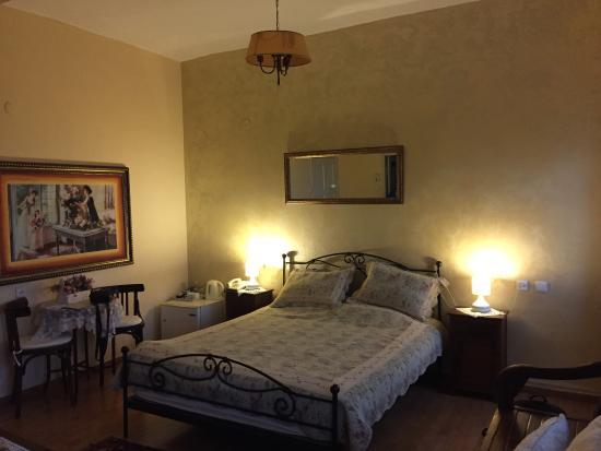 Auberge Shulamit: Room 2