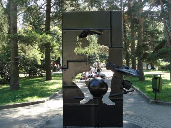 Munchhausen Statue