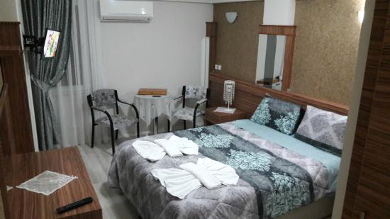 Cenka Hotel: oda
