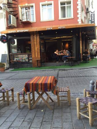 Grand Esen Hotel: Ruhige lage