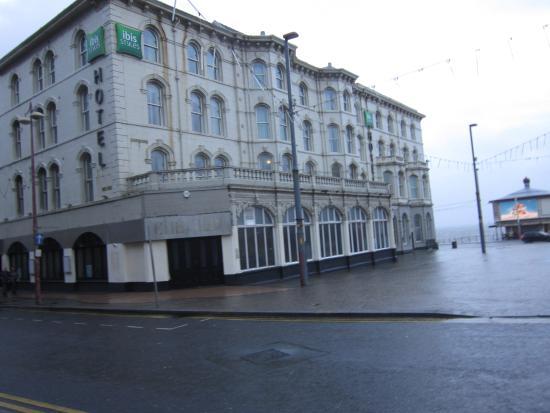 Ibis Styles Blackpool: exterior