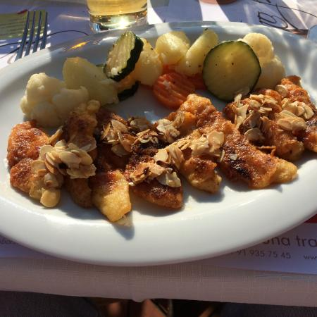 Ristorante al Pozz: Baked Fish Fillet (Almond-Crusted)