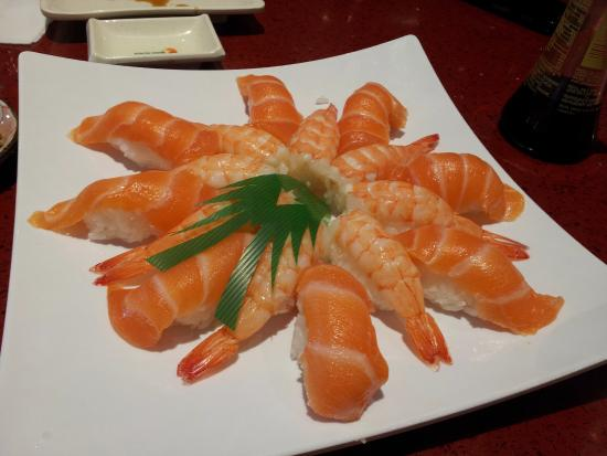 Photo of Japanese Restaurant Maki Sushi at 45 Wicksteed Ave, Toronto M4G 4H9, Canada