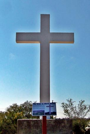 Castroville, TX: The cross on Mount Gentilz