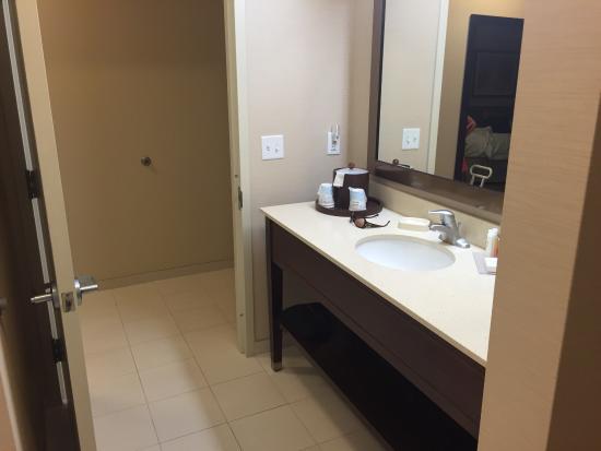Hampton Inn and Suites Ocala: photo2.jpg