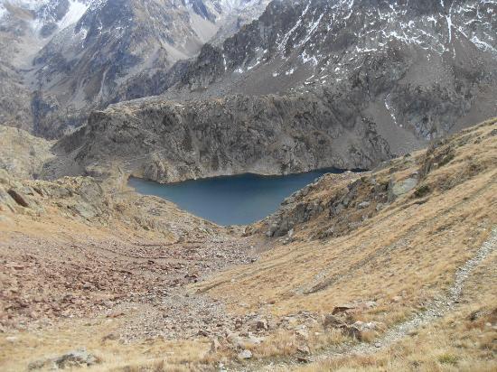 Lago inferiore di Valscura visto dal colletto - Foto di ...