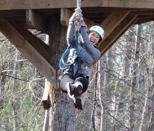 Bear Mountain Ziplines: 525 ft line