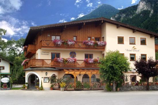 Photo of Hotel Dresch Erl