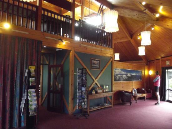 Skotel Alpine Resort: hall d'accueil