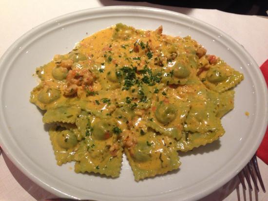 Raviolis la sauce d 39 crevisse photo de l 39 ambiance for Ambiance cuisine geneve
