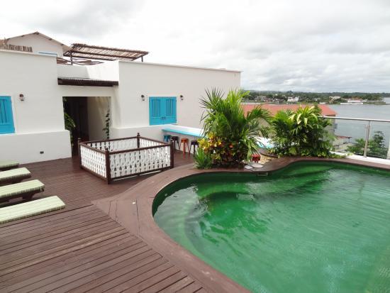 Hotel Isla De Flores Rooftop Patio