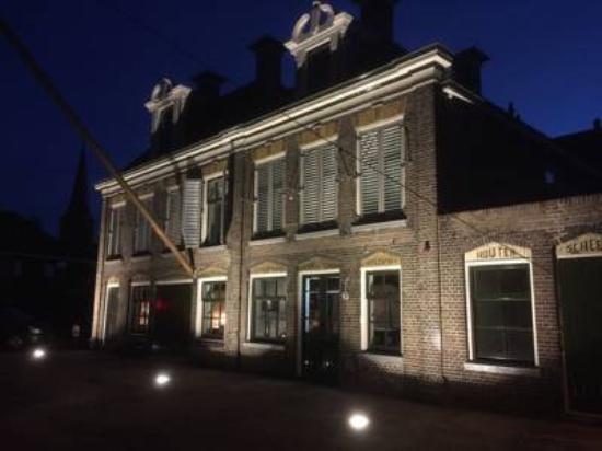 Photo of Bed and Breakfast Hotel Lemmer at Polderdijk 2, Lemmer 8531 EW, Netherlands