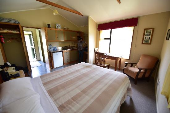 Knobs Flat: The double room