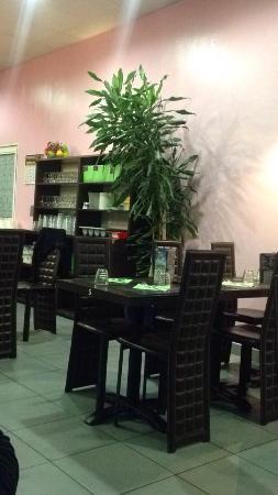 restaurant new asia dans la valette du var avec cuisine. Black Bedroom Furniture Sets. Home Design Ideas