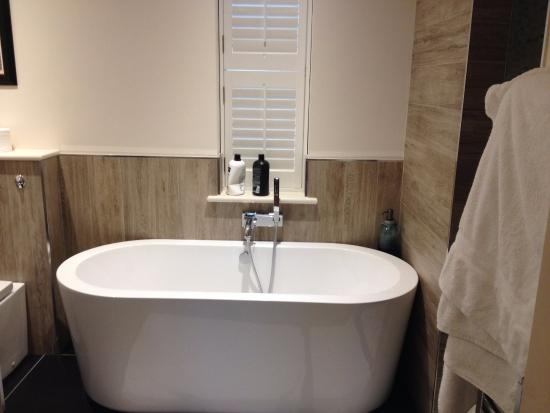 Bishop Thornton, UK: Luxury deep bath