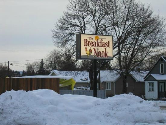The Breakfast Nook : Winter