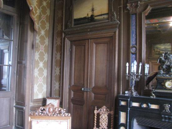 PIctures of inside chateau de Ternay