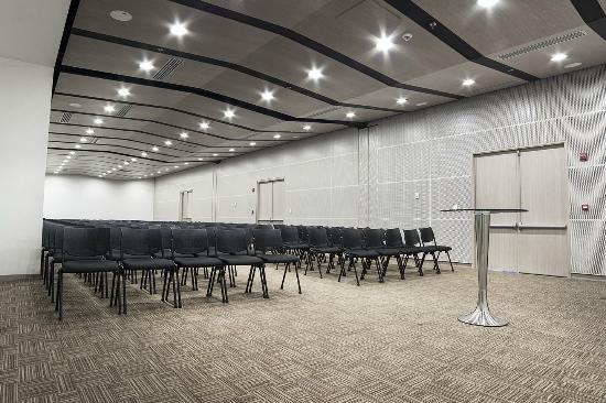 Allure Aroma Mocawa Hotel By Karisma : Salón para eventos
