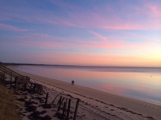 Lis Sur Mer: Infinite sky