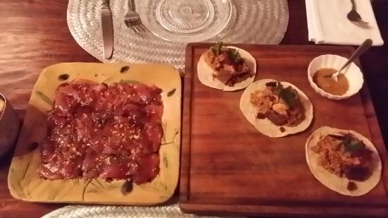 La Manzanilla: carpacio et tacos