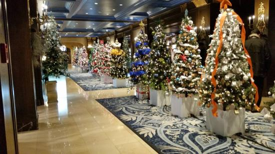 fairmont le chateau frontenac christmas is coming