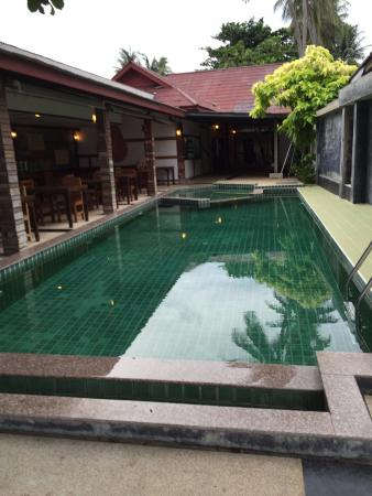 B2@Samui Beach Resort: Pool