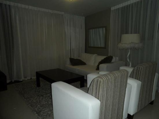 Aquarius Luxury Suites: photo1.jpg