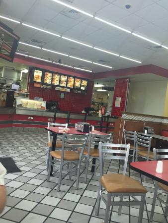 interior view of the restaurant hardees lake panasoffkee fl