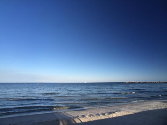 Putahracsa Hua Hin: View of the Beach