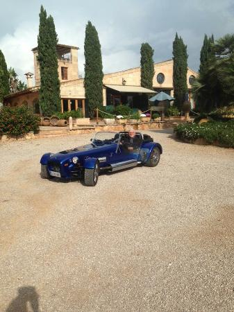 Rent a Classic Mallorca: Great drive to Es Revellar in Campos