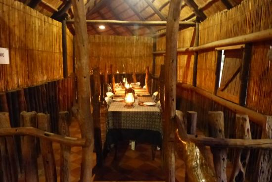 Schotia Safaris Private Game Reserve: Lap - Dining