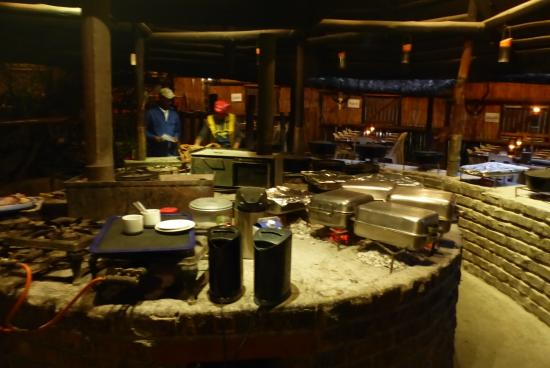 Schotia Safaris Private Game Reserve: Lapa - The Buffet