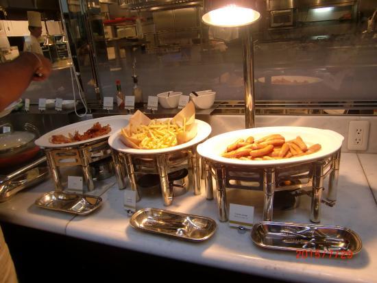 The Dining Room: ホットミール